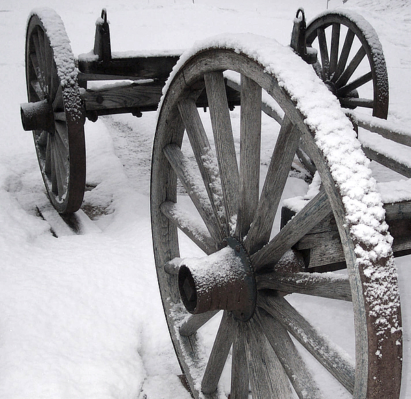 Maine Photograph - Wagon Wheels In Snow by Linda Drown