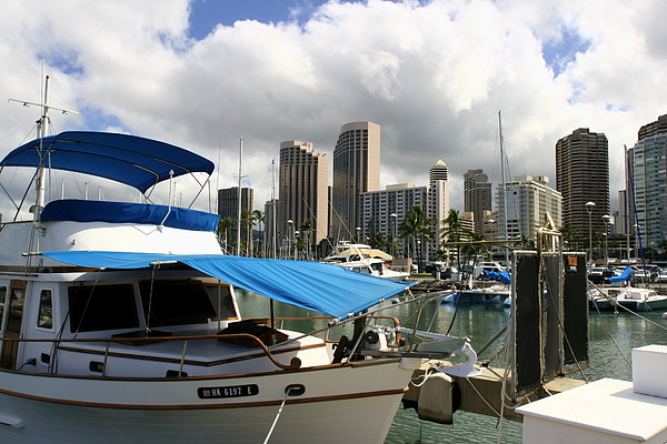 Hawai Photograph - Waikiki Port by Andrei Fried