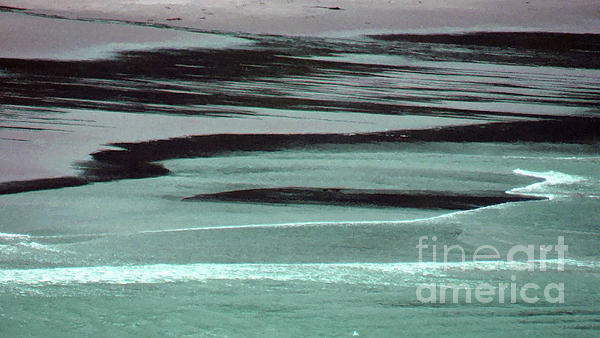 Waves Digital Art - Waves On The Beach by Methune Hively