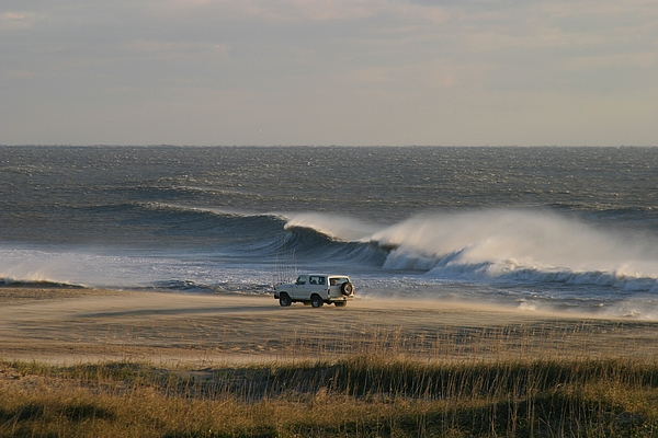 North America Photograph - Wind, Waves And Fisherman In An Suv by Skip Brown