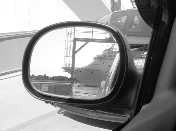 Carnival Cruise Ship Photograph - wish I was on that cruise ship... by WaLdEmAr BoRrErO