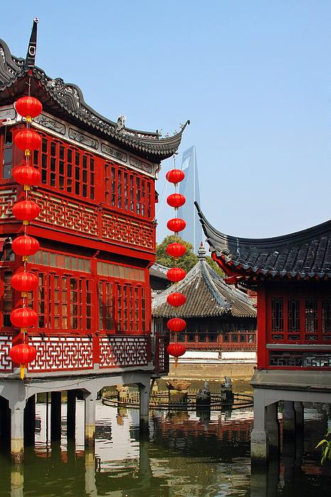 Yu Garden Photograph - Yu Gardens - A Classic Chinese Garden In Shanghai by Christine Till