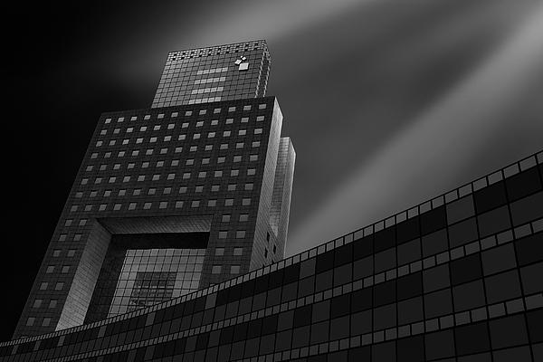 Building Photograph by Gerri Teng
