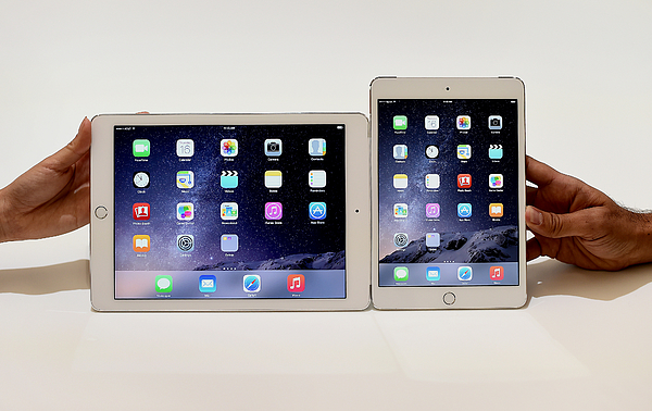 Apple Inc. Announces The New iPad Air 2 And iPad Mini 3 Photograph by Bloomberg