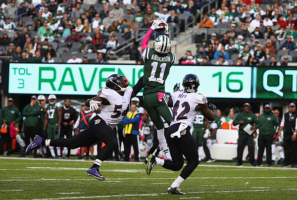 Baltimore Ravens v New York Jets Photograph by Al Bello