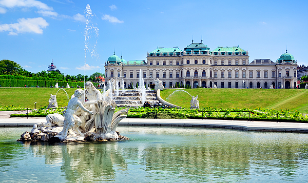 Belvedere Palace, Vienna Photograph by Alxpin