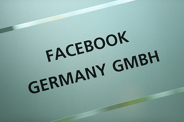 De Maiziere Visits Berlin Facebook Offices Photograph by Sean Gallup