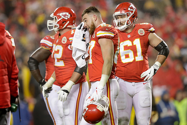 Divisional Round - Pittsburgh Steelers v Kansas City Chiefs Photograph by Jamie Squire