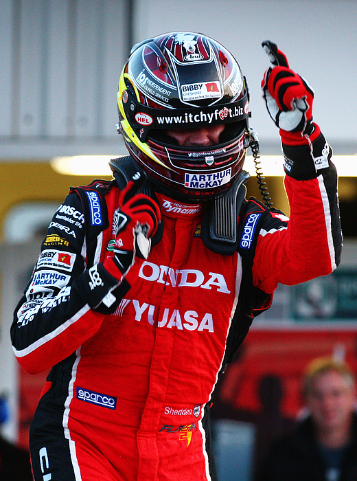 Dunlop MSA British Touring Car Championship Final Round - Brands Hatch Photograph by Ker Robertson