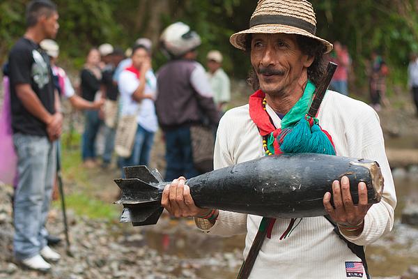 Guerra En El Cauca Photograph by Juan Jose Horta Soto