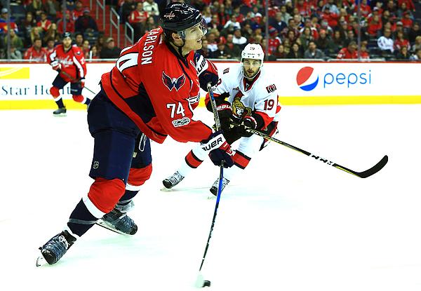 NHL: JAN 01 Senators at Capitals Photograph by Icon Sportswire