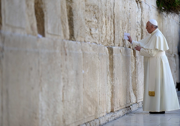 Pope Francis Visit To The Holy Land -  Day Two Photograph by Gpo