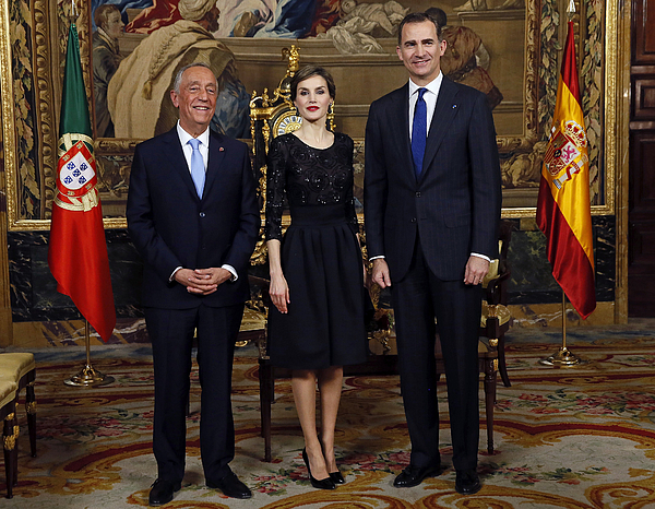 Spanish Royals Receives Portugal President Photograph by Pool