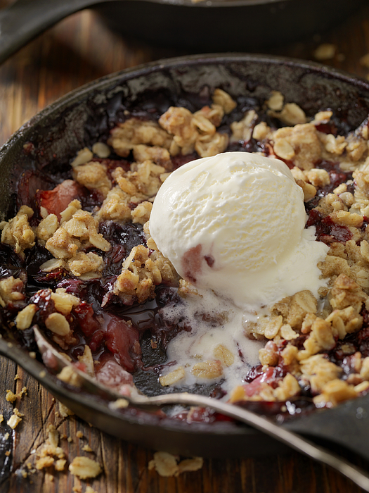 Strawberry And Blueberry Crisp With Vanilla Ice Cream Photograph by LauriPatterson