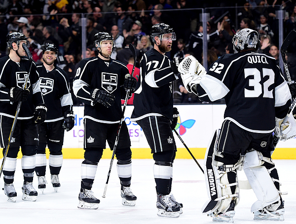 Toronto Maple Leafs V Los Angeles Kings Photograph by Harry How