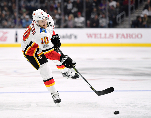Calgary Flames v Los Angeles Kings Photograph by Harry How