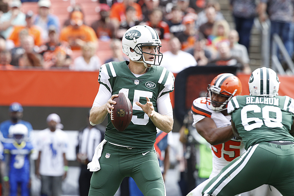 New York Jets v Cleveland Browns Photograph by Joe Robbins