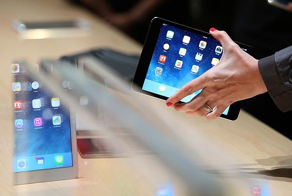 Apple Unveils New Versions Of Popular iPad Photograph by Justin Sullivan
