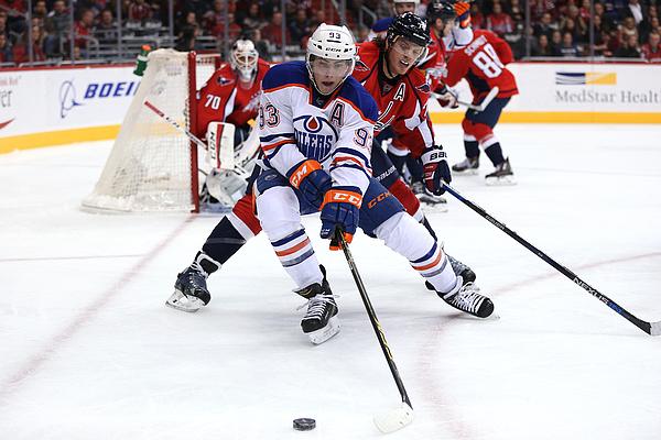 Edmonton Oilers v Washington Capitals Photograph by Patrick Smith