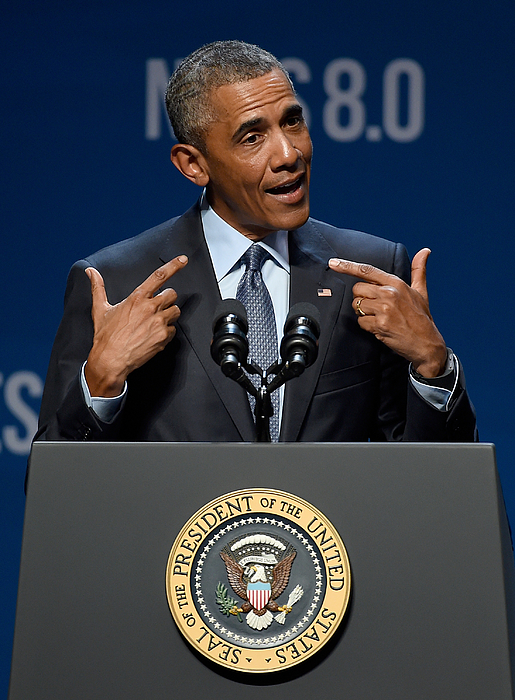 President Obama Speaks At Clean Energy Summit In Las Vegas Photograph by Ethan Miller