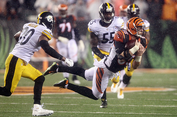 Wild Card Round - Pittsburgh Steelers v Cincinnati Bengals Photograph by Dylan Buell