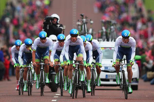 2014 Giro dItalia - Stage One Photograph by Bryn Lennon