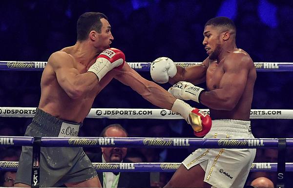 Boxing at Wembley Stadium Photograph by Brendan Moran