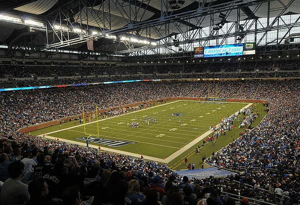 Chicago Bears v Detroit Lions Photograph by Mark Cunningham