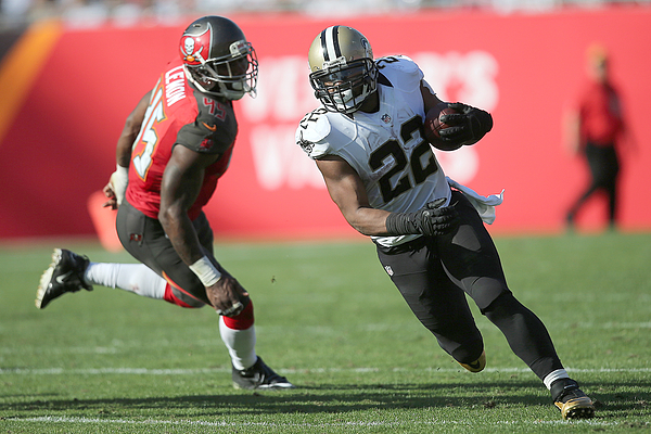 New Orleans Saints v Tampa Bay Buccaneers Photograph by Alex Menendez