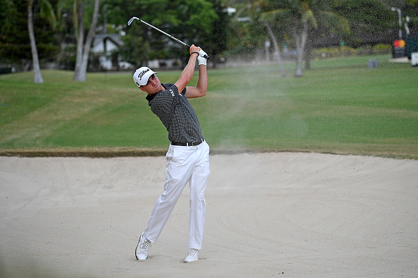 Sony Open in Hawaii - Final Round Photograph by Chris Condon