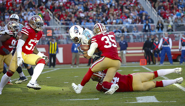 Tennessee Titans v San Francisco 49ers Photograph by Michael Zagaris