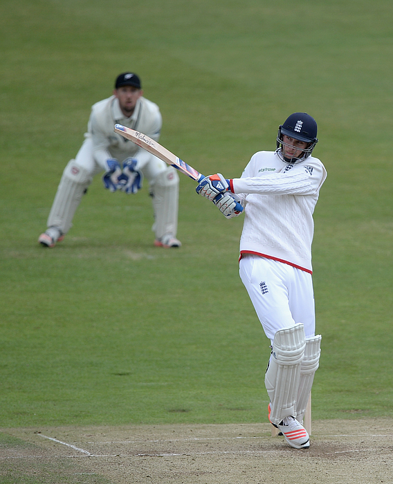 England v New Zealand: 2nd Investec Test - Day Three Photograph by Gareth Copley