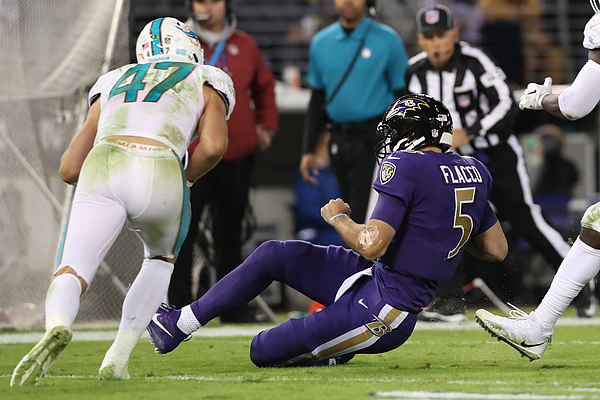 Miami Dolphins v Baltimore Ravens Photograph by Rob Carr