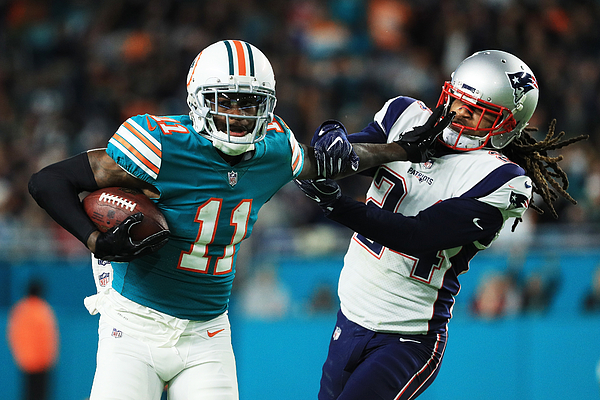 New England Patriots v Miami Dolphins Photograph by Mike Ehrmann