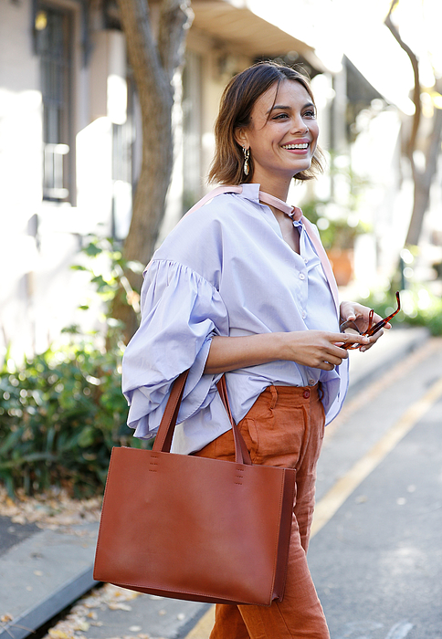 Street Style In Sydney - May 2018 Photograph by Hanna Lassen