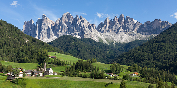 A mountainous landscape. Photograph by Wolfgang Wörndl