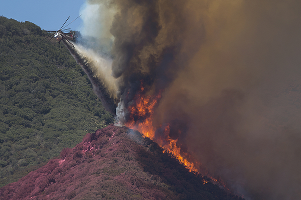 Blue Cut Fire Rages Through 30,000 Acres In Southern California Photograph by David McNew