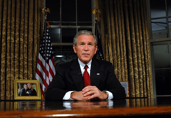 Bush Addresses Nation On 9/11 Anniversary Photograph by Pool