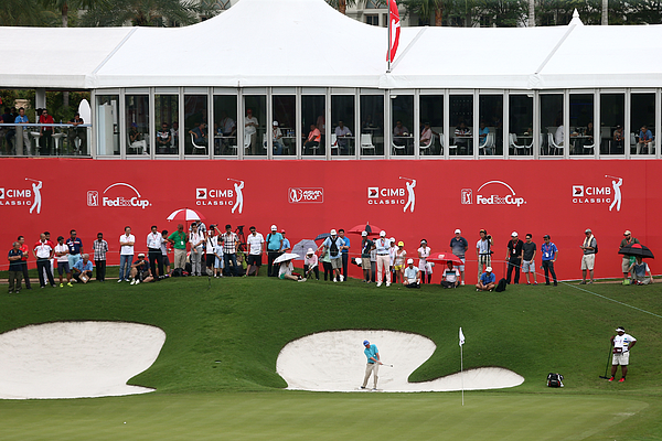 CIMB Classic - Round Two Photograph by Stanley Chou