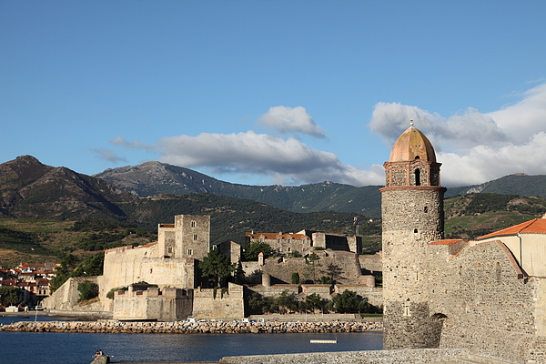 Collioure - church / lighthouse tower Photograph by Pejft