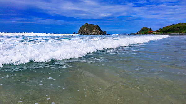 Conceição Beach is one of the most beatiful beaches in Fernando de Noronha and with an easy access Photograph by CRMacedonio