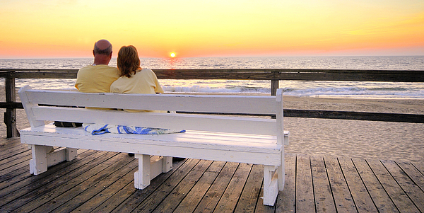 Couple At Dawn - Bethany Beach, Delaware Photograph by Robert Kirk