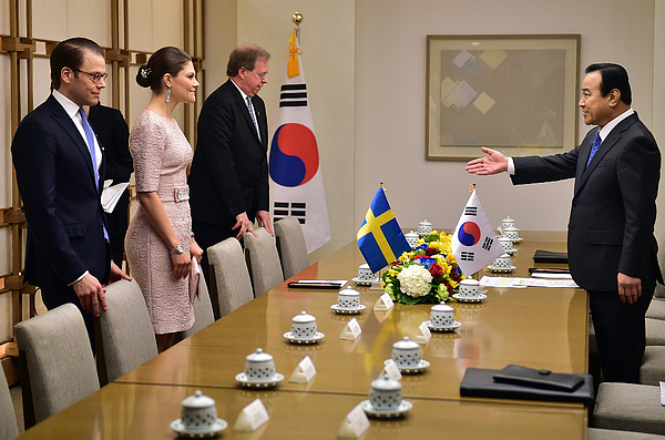 Crown Princess of Sweden Victoria Visits South Korea - Day 2 Photograph by Pool