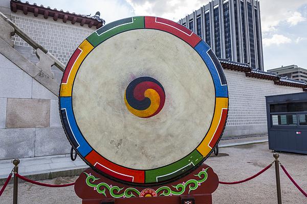 Drum of Gyeongbokgung Palace Photograph by Jong heung lee