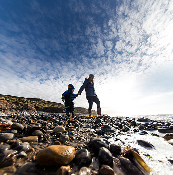 Exploring on the beach with mum! Photograph by s0ulsurfing - Jason Swain