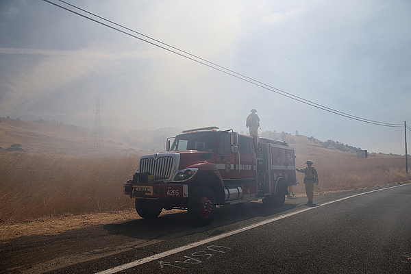 Fast-spreading Wragg Fire Forces Mandatory Evacuations Photograph by Justin Sullivan