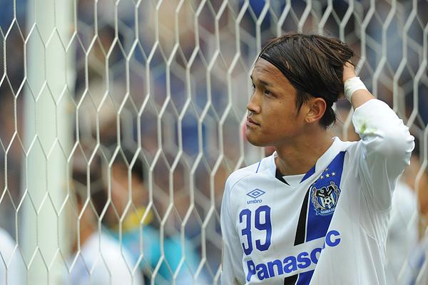 Kashima Antlers v Gamba Osaka - J.League Yamazaki Nabisco Cup Final Photograph by Masashi Hara