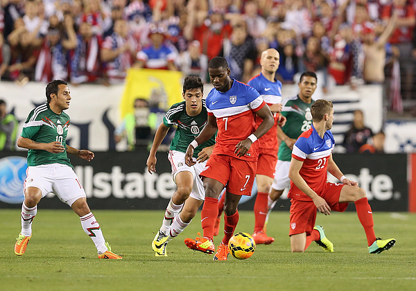 Mexico v United States Photograph by Christian Petersen
