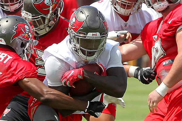 NFL: MAY 31 Buccaneers OTA Photograph by Icon Sportswire