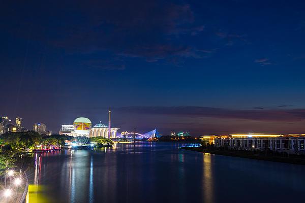 Night In Putrajaya, Malaysia Photograph by Shaifulzamri